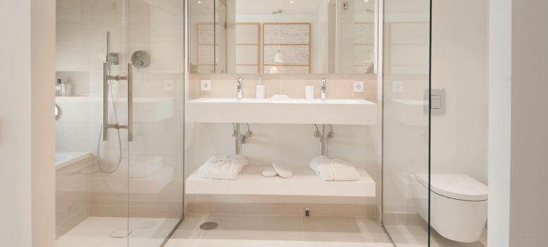 Master_Bathroom_2-Higueron-west.